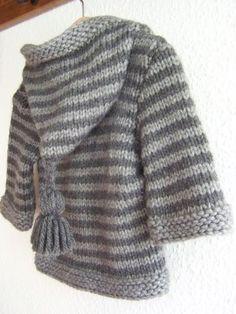 Petit manteau… – Fashion World Baby Boy Knitting Patterns, Baby Hats Knitting, Knitting For Kids, Knitting Designs, Baby Boy Sweater, Knit Baby Sweaters, Baby Cardigan, Hoodie Pattern, Jacket Pattern