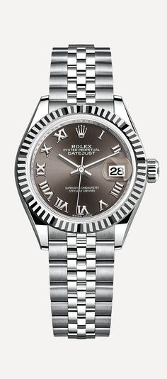 The new Lady-Datejust 28 in 904L steel with a Jubilee bracelet and dark grey dial with sunray finish.