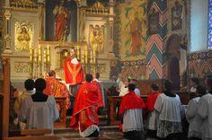 """""""Sabeis o que é, na realidade, a Santa Missa? É o sol da cristandade, a alma da fé, o centro da religião católica(...). É, numa palavra, a essência de tudo o que há de bom e belo na Igreja de Deus"""" São Leonardo de Porto Maurício."""