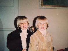Awwweee Twins Cole and Dylan Sprouse Bros, Dylan Sprouse, Sprouse Cole, Zack E Cold, Cole Spouse, Almost Love, Dylan And Cole, Riverdale Cole Sprouse, Suite Life