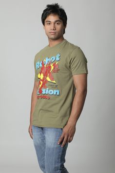 This half-sleeved, graphic printed crew neck T-shirt designed for men is a signature look by People. Sport the casual yet fashionable look. Bright bold colours combined with abstracts and contemporary designs are in vogue now. And what's more, People offers you fashion at an affordable price. Shop online now and step in line with the trend of today.