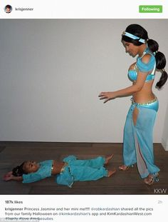 Kim et North en costume de princesse Jasmine