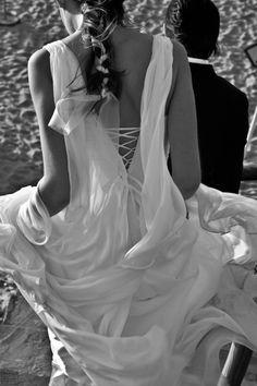 Maquilhagem Noiva, Penteado noiva, Vera Garcia, Wedding Portugal, Fortaleza Guincho, Wedding Portugal | Kit de Beleza de Vera Garcia. #casamento #Portugal #Cascais #noiva