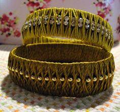 Arte Maritacas  sutache dourado mostarda com fio de strass swarovski.  Criação Maria Brandão
