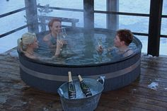 Relaxing in hot tube park, Punkaharjun Lomakeskus. Finnish Words, Best Cities, Finland, Parka, Tube, Relax, Europe, Country, Decoration
