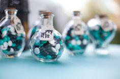 Alice In Wonderland Wedding Favors | for Alice in Wonderland theme wedding favors, tea parties or Alice ...