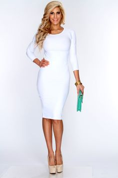 Ciara's All-White Outfit. Super hot! | White party outfit ideas ...