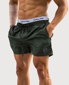 bigclefashion액트 어패럴 ECHT LOGO SHORTS - DARK KHAKI - - Instagram : @bigclefashion  - - #gymwear #bigclefashion #workout #shortpants #gym #헬스타그램 #웨이트트레이닝 #Echt #액트 #australia #호주
