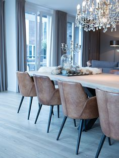 Awesome leather chairs for modern dining room