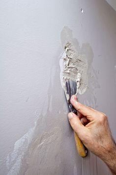 Tmelíme amaľujeme steny bytu 6