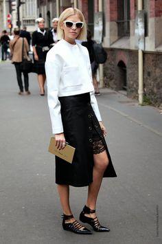 skirt slit