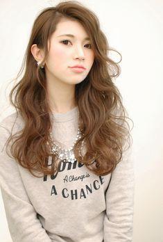 【CARE】大人可愛いかきあげ前髪ロングウェーブヘア   茶屋町・中崎町の美容室 CARE UMEDAのヘアスタイル   Rasysa(らしさ) Permed Hairstyles, Cute Hairstyles, Hear Style, Curly Hair Styles, Natural Hair Styles, Salon Style, Asian Hair, Medium Long, Hair Cuts