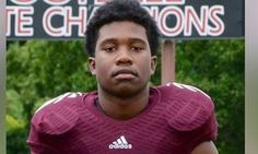 ESPYS To Honor 15-Year-Old Who Died Shielding 3 Women From Gunfire Zaevion Dobson is what a true hero looks like.