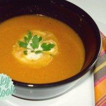 Μία υπέροχη, αρωματική και ελαφριά συνταγή για καλοκαιρινή ντοματόσουπα με ιταλικές ρίζες! Thai Red Curry, Cooking, Ethnic Recipes, Food, Kitchen, Essen, Meals, Yemek, Brewing