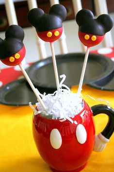 Cake Pops for a Mickey Mouse Birthday Party