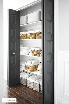 ORGANIZED LINEN CLOSET: THE REVEAL Organized linen closet reveal! A fresh coat of paint, pretty baskets and major purging, it went from messy and cramped to spacious and airy! Linen Closet Organization, Home Organisation, Closet Storage, Organizing Ideas, Organising, Closet Drawers, Basket Organization, Bathroom Linen Closet, Small Bathroom