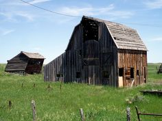 when I was a kid there was an old barn like this by my house