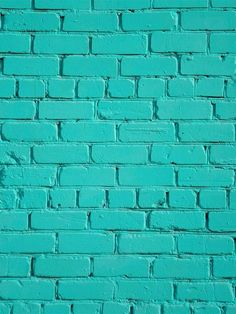 Turquoise Room Decorations – Aqua Exoticness Ideas and Inspirations 2018 is here. Turquoise wall color can make you feel all new :) Turquoise Aqua RoomColorIdeas RoomColor TurquoiseRoom Wall 282600945352157417 Aqua Wallpaper, Tumblr Wallpaper, Desktop Background Tumblr, Brick Wallpaper Iphone, Screen Wallpaper, Phone Backgrounds, Cool Wallpaper, Mobile Wallpaper, Wallpaper Backgrounds