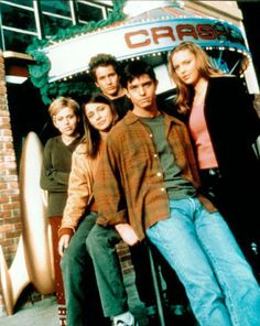 roswell tv show | ... TV Shows » Classic Dramas/Dramedies/Other TV Shows - R » Roswell