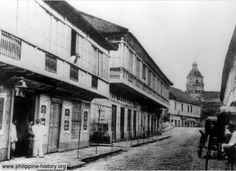 Escolta c. 1884, when it was mostly residential Filipino Architecture, Philippine Architecture, Pictures To Paint, Old Pictures, Old Photos, Vintage Pictures, Philippines Culture, Manila Philippines, Intramuros