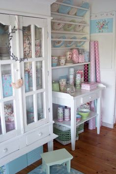 #shabby #white and #pastels