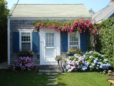 11 Stunning Garden Houses to Rent for Your Spring Vacation,,,Brant Point Cottage Location: Nantucket, MA Sleeps: 4 people Cost per night: Starts at $229