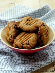 Ces cookies, ça faisait longtemps que je voulais les faire. J'avais lu une recette similaire quelque part sans pouvoir remettre la main dessus. Cette recette