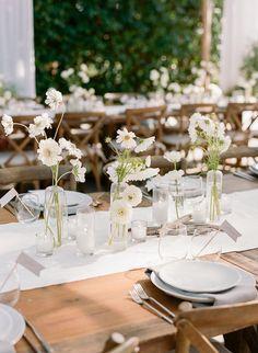 Outdoor Wedding Tables, Wedding Brunch Reception, Round Wedding Tables, Wedding Lunch, Wedding Rehearsal, Wedding Table Settings, Rehearsal Dinners, Farm Table Wedding, Minimalist Wedding Decor