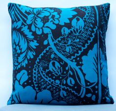 """16""""x16"""" Marimekko Pillow Cover. Handmade. Double-sided. Patterns: Fandango and Solid color. Upholstery weight. (40x40cm) by PantsandPillows"""