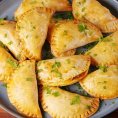 Cheesy Beef Empanadas Are The Perfect Excuse To Eat With Your Hands Seafood Recipes, Gourmet Recipes, Mexican Food Recipes, Appetizer Recipes, Cooking Recipes, Cooking Fish, Cooking Bacon, Cooking Games, Meal Recipes