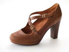 A comfortable work style with a trendy chunky heel that will keep ...