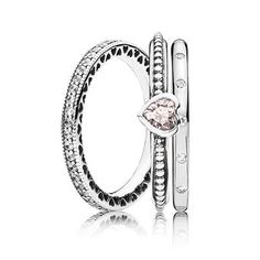 Sparkling Hearts Ring Stack