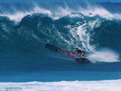 Federico Morisio is an upcoming windsurfing talent dreaming of windsurfing Mauritius. Surfing Tips, Sup Surf, Water Photography, Big Waves, Big Challenge, Mauritius, Fiji, Surfboard, Things To Come
