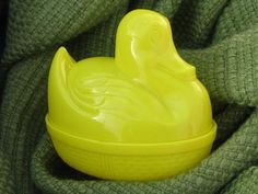 hen on nests, Easter bunny on nest lot vintage plastic candy containers