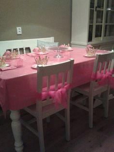 Tafel staat gedekt prinsessen feest