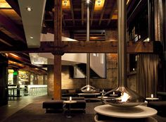 5 SAN FRANCISCO RESTAURANTS WORTH CHECKING OUTOriginally built in a meatpacking and smokehouse facility, Twenty Five Lusk has managed to maintain hints of the original warm brick and aged wooden beams while introducing a new modern interior. Restaurant Hotel, Restaurant Design, Restaurant Interiors, Restaurant Ideas, Hotel Interiors, Suspended Fireplace, San Francisco Restaurants, American Restaurant, Loft