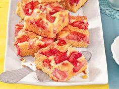 Weißer Schoko-Rhabarberkuchen -