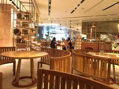 タイ料理,タイフード,タイレストラン,セントラルエンバシー,イートタイ,チットロム,デパート,ショッピングモール,フードコート,地下,おいしい,清潔,タイ,バンコク,旅行,旅行者,Chit Lom,Central Embassy,EatThai