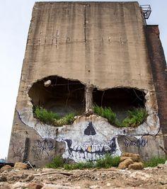 Streetart Picdump – Gadget, Technik und Kunst- News Street art picdump # 2 – Gadget, technology and art news 3d Street Art, Street Art Graffiti, Street Artists, Berlin Graffiti, Graffiti Artists, Banksy, Abandoned Buildings, Abandoned Places, Art Du Monde