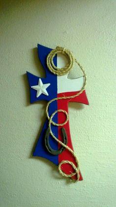 Texas Cross More Wooden Crosses, Crosses Decor, Wall Crosses, Mosaic Crosses, Crafts To Make, Arts And Crafts, Diy Crafts, Texas Crafts, Cross Wall Decor