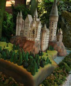 hogwarts cake.. amazing.                                                       …