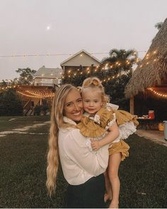 Cole And Savannah, Savannah Chat, Sav And Cole, Baby Sketch, Cute Photos, Baby Boy Outfits, Beautiful Day, Girl Power, Cute Kids