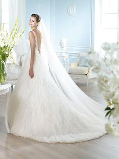 HANBAL / Wedding Dresses / Dreams 2014 Collection / San Patrick (back)