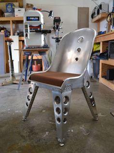 metal-aluminium-chaise-industrielle -meuble-industriel-design