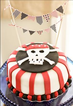 Pirate cake #PirateParty #PirateBirthday #PartyIdeas