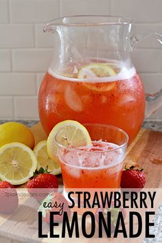 This easy Strawberry Lemonade recipe is perfect for summer gatherings or weekends with your family. Easy Strawberry Lemonade Recipe, Easy Lemonade Recipe, Pink Lemonade Recipes, Strawberry Cocktails, Best Lemonade, Homemade Lemonade Recipes, Pineapple Lemonade, Strawberry Recipes, Lemonade Cocktail