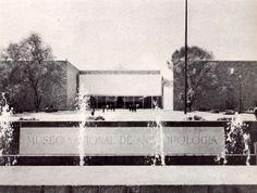 Museo Nacional de Antropología, Av. Paseo de la Reforma y Calzada Gandhi, Bosque de Chapultepec, Polanco, México, DF 1964  Arqs. Pedro Ramírez Vázquez, Rafael Mijares y Jorge Campuzano - National Museum of Anthropology, Chapultepec Park, Mexico City 1964
