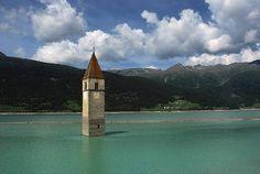 chiese abbandonate -Chiesa di Altgraun, lago di Resia, Italia Cerca con Google