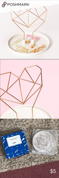Coxet Heart Wire Ceramic Jewelry Holder Rose Gold metal frames with porcelain, this minimalistic collection of jewelry holder and pencil holder will hit all the right notes in your home. Named for a famous geometer who believed geometry is intrinsically linked to music. imm Living Jewelry