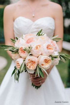 bouquet with just juliet garden rose and greens Garden Rose Bouquet, Peach Bouquet, Peonies Bouquet, Gardenia Bouquet, Peach Peonies, Juliet Garden Rose, Juliet Roses, Olive Wedding, Rose Wedding